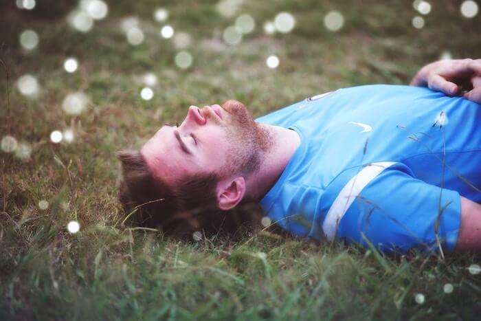 gesunde Schlafposition Rückenschläfer