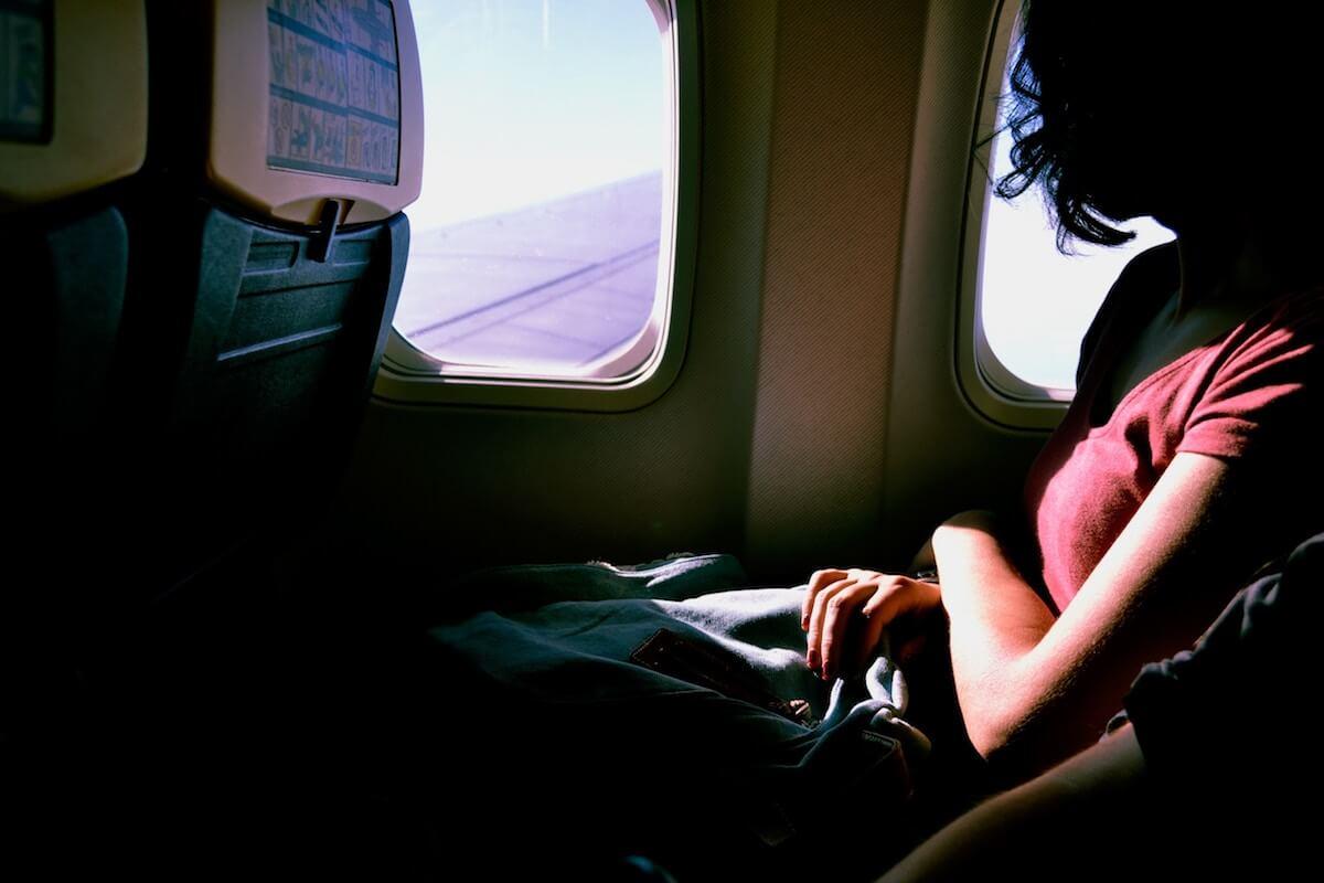 schlafen im Flugzeug Gefahren