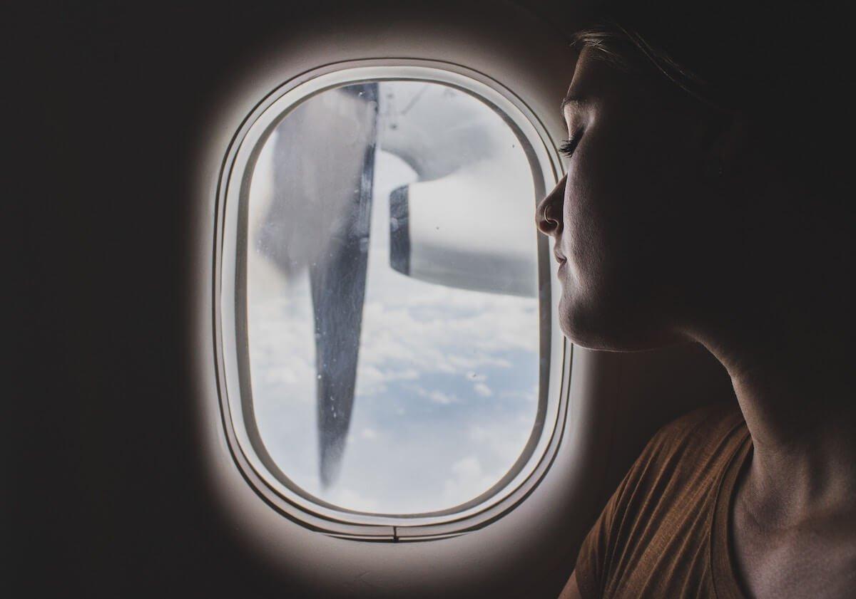 schlafen im Flugzeug Schlafdefizit